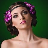 Giovane donna nello stile greco immagini stock
