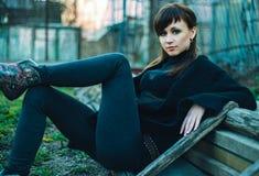 Giovane donna sexy bella all'aperto Immagine Stock Libera da Diritti