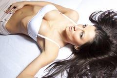 Giovane donna sexy in biancheria intima Fotografie Stock Libere da Diritti