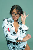 Giovane donna sexy con i vetri Fotografia Stock Libera da Diritti