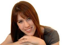 Giovane donna sorridente casuale Fotografia Stock