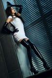 Giovane donna sottile del goth Immagine Stock