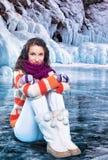 Giovane donna su ghiaccio fotografia stock libera da diritti