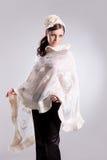 Giovane donna in vestiti alla moda Immagine Stock Libera da Diritti
