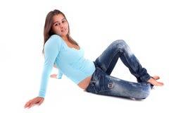Giovane e bella posizione della donna Fotografia Stock Libera da Diritti