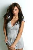 Giovane e brunette seducente Fotografie Stock