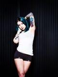 Giovane femmina con lo sguardo alternativo irritabile Fotografia Stock Libera da Diritti