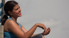 Giovane femmina felice archivi video