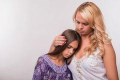 Giovane figlia dell'adolescente e della madre Immagini Stock