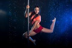 Giovane foto sexy dello studio dell'acqua della donna Fotografia Stock Libera da Diritti