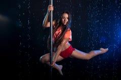 Giovane foto sexy dello studio dell'acqua della donna Fotografie Stock