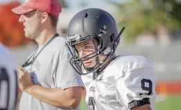 Giovane giocatore di football americano Fotografia Stock