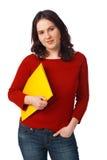 Giovane holding Folde dell'allievo femminile del collega Fotografia Stock Libera da Diritti