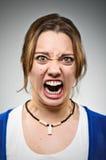 Giovane infuriarsi caucasico della donna arrabbiato Immagini Stock Libere da Diritti