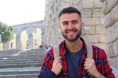 Giovane intestazione maschio felice all'università in Europa Fotografie Stock