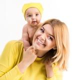 Giovane madre con la sua piccola figlia Fotografie Stock
