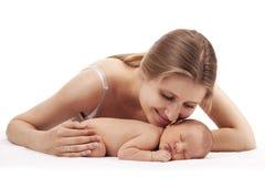 Giovane madre e figlio neonato Immagine Stock Libera da Diritti
