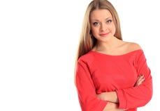 Giovane mani piegate del ritratto della ragazza basamento attraente Immagini Stock Libere da Diritti