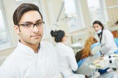 Giovane medico asiatico del dentista Immagine Stock Libera da Diritti