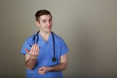 Giovane medico divertente Fotografie Stock Libere da Diritti