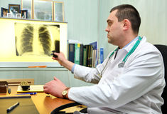 Giovane medico maschio Fotografia Stock