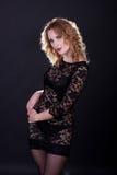 Giovane modello splendido in un vestito dal merletto Immagine Stock Libera da Diritti