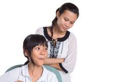 Giovane ragazza della scuola che studia con l'insegnante VIII Fotografia Stock Libera da Diritti