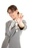 Giovane ragazza di ufficio con il tasto immagine stock libera da diritti