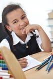 Giovane ragazza felice del banco Fotografie Stock Libere da Diritti