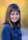 Giovane ragazza sorridente del brunette Immagine Stock Libera da Diritti