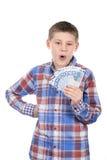 Giovane ragazzo con le euro note Immagini Stock