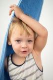 Giovane ragazzo dopo la doccia Immagini Stock Libere da Diritti