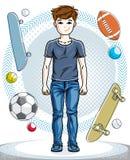 Giovane ragazzo teenager felice sveglio che posa grumo casuale alla moda d'uso Immagine Stock