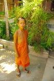 Giovane rana pescatrice buddista Fotografia Stock Libera da Diritti