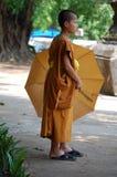 Giovane rana pescatrice buddista Immagine Stock Libera da Diritti