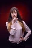 Giovane ritratto grazioso della donna Fotografia Stock Libera da Diritti
