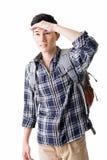 Giovane ritrovamento maschio del viaggiatore qualcosa fotografie stock libere da diritti