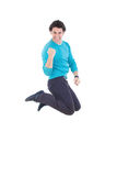 Giovane riuscito saltare dell'uomo della gioia che esprime felicità Fotografie Stock Libere da Diritti