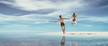 Giovane salto delle coppie Fotografia Stock Libera da Diritti
