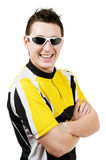 Giovane sexy in occhiali da sole da portare della maglietta Immagini Stock Libere da Diritti