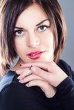 Giovane signora con lo sguardo perfetto Fotografia Stock