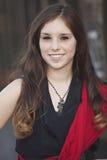 Giovane sorridere della femmina adulta Fotografie Stock
