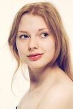 Giovane sorridere felice del bello della donna ritratto del fronte Fotografie Stock