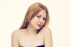 Giovane sorridere felice del bello della donna ritratto del fronte Immagine Stock