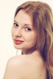 Giovane sorridere felice del bello della donna ritratto del fronte Fotografia Stock Libera da Diritti