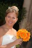 Giovane sposa vestita nel bianco fotografie stock libere da diritti