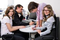 Giovane squadra di affari immagini stock