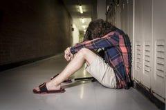 Giovane studente teenager all'istituto universitario Fotografie Stock