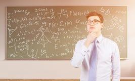 Giovane studente universitario maschio di per la matematica Fotografia Stock