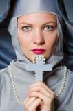 Giovane suora in religioso Fotografia Stock Libera da Diritti